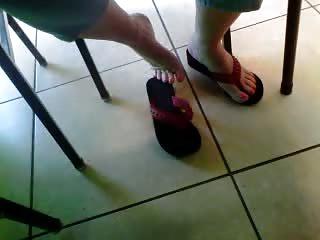 Free HD Granny Tube Feet