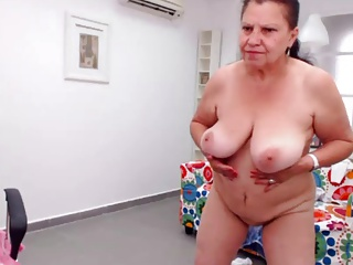 Arab granny pussy