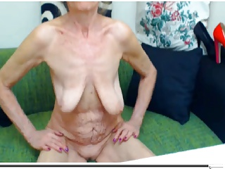 Bikini girl mustang picture