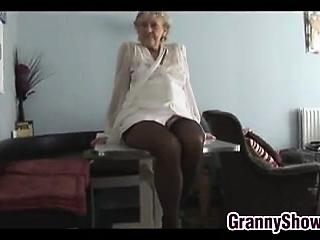 Free HD Granny Tube Solo